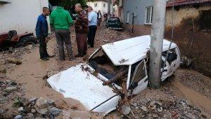 Bursa'daki sel felaketinde 5 yaşındaki kız çocuğu ölüm haberi geldi! Ölü sayısı 2'ye yükselirken, kayıp kişi sayısı 4 oldu - Bursa Haberleri