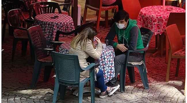 Bursalılar tarihî mekânlarda çay içmeyi özlemiş