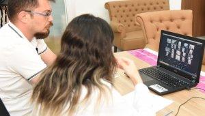 Çocuklar, online yabancı dil eğitiminde eğlenerek öğreniyor