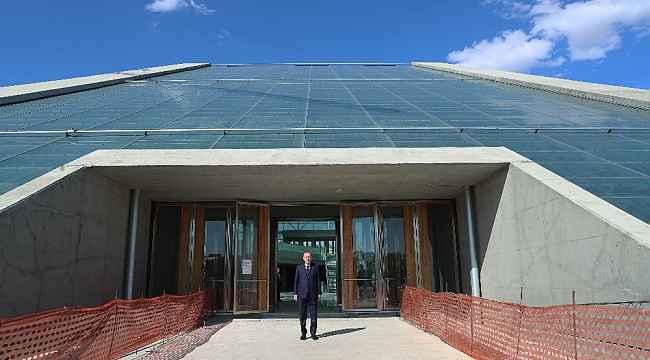 Cumhurbaşkanı Erdoğan, CSO ve Yargıtay hizmet binalarının inşaatlarını gezdi