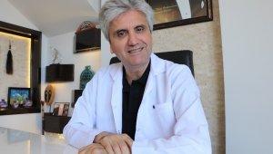 """Dr. Hayati Akbaş: """"Diş estetiği sağlık için de önemli"""""""