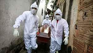 Dünya normalleşirken Brezilya'da 1.349, Meksika'da 1.092 kişi hayatını kaybetti