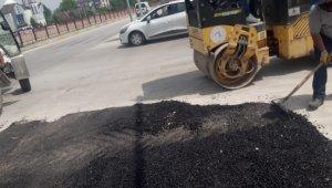 Düzce Belediyesi ekipleri yama çalışmalarını sürdüyor