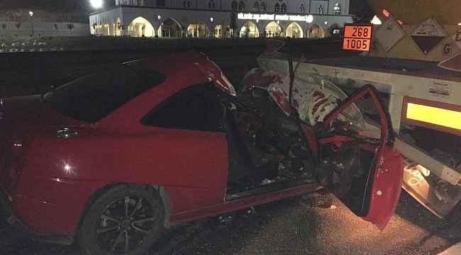 Ehliyetsiz sürücü dehşet saçtı: 1'i ağır 2 yaralı