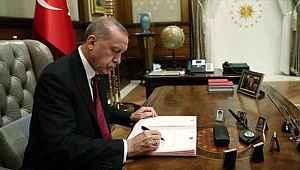 Erdoğan köklü değişiklikler hedefliyor.... Kabinede değişimler olacak, bakanlık sayısı artacak