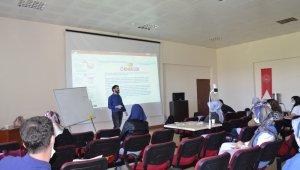 Erzurum'da çocuk davranışları ve regresyon önerileri eğitimi