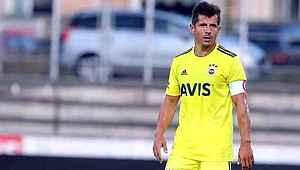 Fenerbahçeli Emre Belözoğlu, teknik direktörlük için Erol Bulut ile anlaşma sağladı