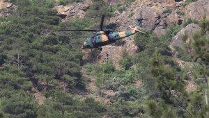 Hatay'da dağda yaralanıp mahsur kalan genci jandarma helikopterle kurtardı