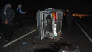 Faciadan dönüldü! Kaza yaptığı için duran otomobile, başka bir araç çarptı: 3 yaralı