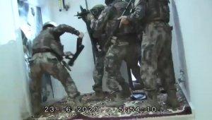 Koş başlarıyla kırılan kapıların ardından cephane çıktı - Bursa Haberleri