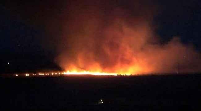Kozluk'ta yıldırım düştü 300 dönüm ekili arazi kül oldu