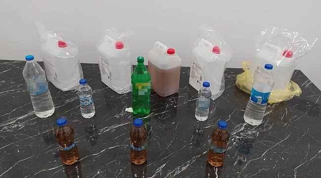 Kütahya'da 20 litre etil alkol ve 10 litre sahte içki ele geçirildi