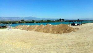 Manavgat Belediyesi'nden caretta yuvalarına hendekli koruma