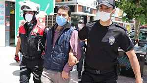 Maske cezasından kaçmaya çalıştı, polis kovalamacası ile yakalandı
