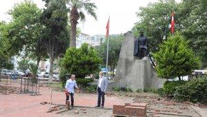 Mudanya Cumhuriyet Meydanı projesinin ilk etabı başladı - Bursa Haberleri