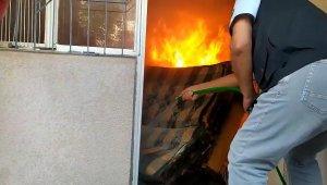 Orman İşletme ekibi ev yangınına müdahale etti