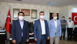 Partisinden istifa eden CHP'li eski belediye meclis üyesi, AK Parti'ye katıldı