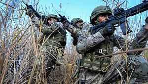 Pençe-Kartal Operasyonu'nda terör örgütüne ait 150'den fazla hedef vuruldu