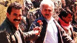 Perinçek, terörist başı Öcalan'la çekilen fotoğrafını savundu