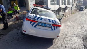 Polis aracı ile otomobil çarpıştı, 2'si polis 5 kişi yaralandı