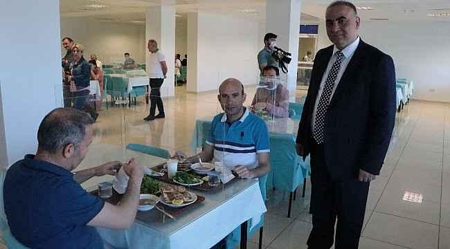 SGK İl Müdürlüğü'nde sosyal mesafeli yemekhane