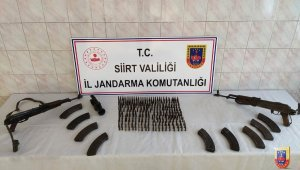 Siirt kırsalında PKK'ya ait mühimmat ve yaşam malzemesi ele geçirildi