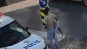 Sokak ortasında pompalı tüfekle dolaşan şahıs yakalandı