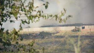 Suriye sınırındaki yangına TOMA ve itfaiye müdahale etti