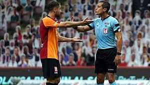 Tartışmalı maçın hakemi Alper Ulusoy, G. Saray teknik heyetine çıkıştı