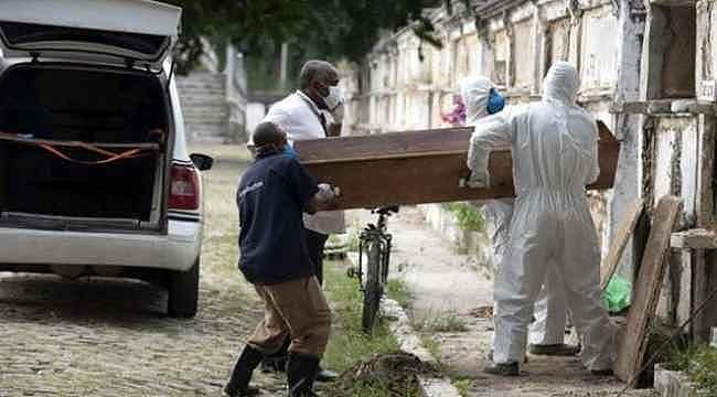 Tüm dünyada salgın inişe geçmişken, o ülkede günde 1.262 kişi hayatını kaybetti