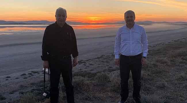 Vali Akın, Seyfe Gölünde gün batımını izledi
