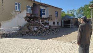 Van'daki depremde 5 kişi yaralandı