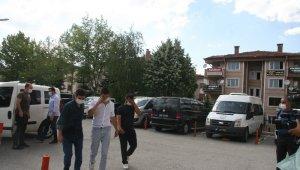 100 bin TL değerinde altın çalan 7 kişiden 6'sı tutuklandı