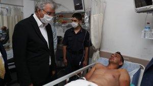 AK Parti Genel Başkan Yardımcısı Yavuz ve Başkan Yüce, patlamada yaralananları hastanede ziyaret etti