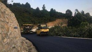 Akçakoca köylerde asfalt ve kanalet çalışmaları devam ediyor