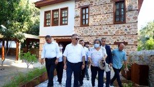 Antalya Valisi Yazıcı'ndan Alanya ziyareti