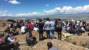 Artvin'de sel felaketinde hayatını kaybeden Musa Taşdemir memleketi Erzurum'da defnedildi