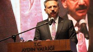 Aydın'da 15 Temmuz 'sosyal mesafeli' kutlandı