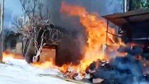 Aydın'daki yangında bir ev kullanılmaz hale geldi, 20 koyun telef oldu
