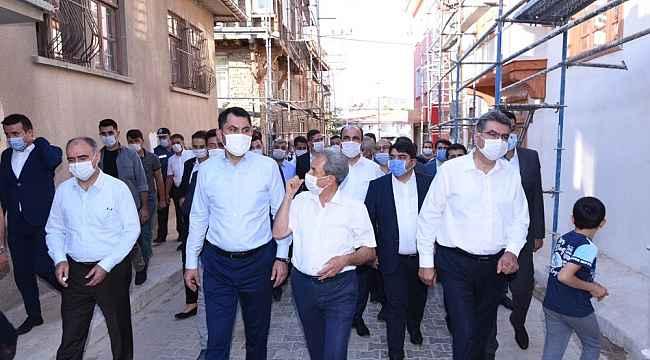 Bakan Kurum Akşehir'de incelemelerde bulundu