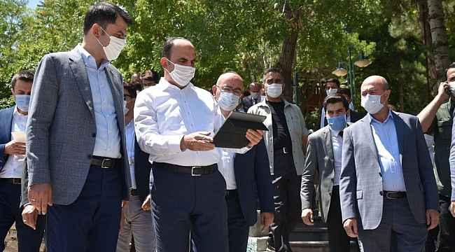 Bakan Kurum Konya'da ziyaretlerde bulundu