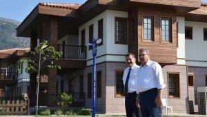 Başkan Çerçi Balıkesir Büyükşehir Belediye Başkanı Yılmaz'ı ağırladı