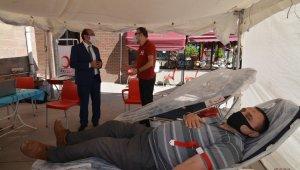 """Başkan Çöl: """"Kan bağışı pandemi sürecince daha önemli"""""""