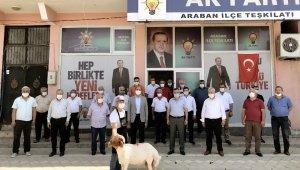 Başkan Doğru Araban'da kurban kesilerek karşılandı