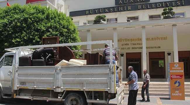 CHP'li Başkan Karalar'ın makam odası haczedildi