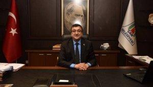 Başkan Öz'den Fransa'nın ilk Türk belediye başkanına teprik