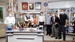Başkan Öztekin Gezi Evi'ne misafir oldu