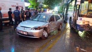 Başkent'te EGO otobüsü otomobile çarptı: 2 yaralı