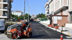 Beylikdüzü'nde yol ve asfalt çalışmalarına başlandı