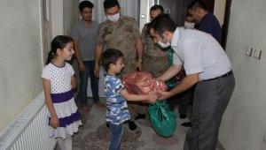 Bitlis'te şehit ailelerine bayram ziyareti
